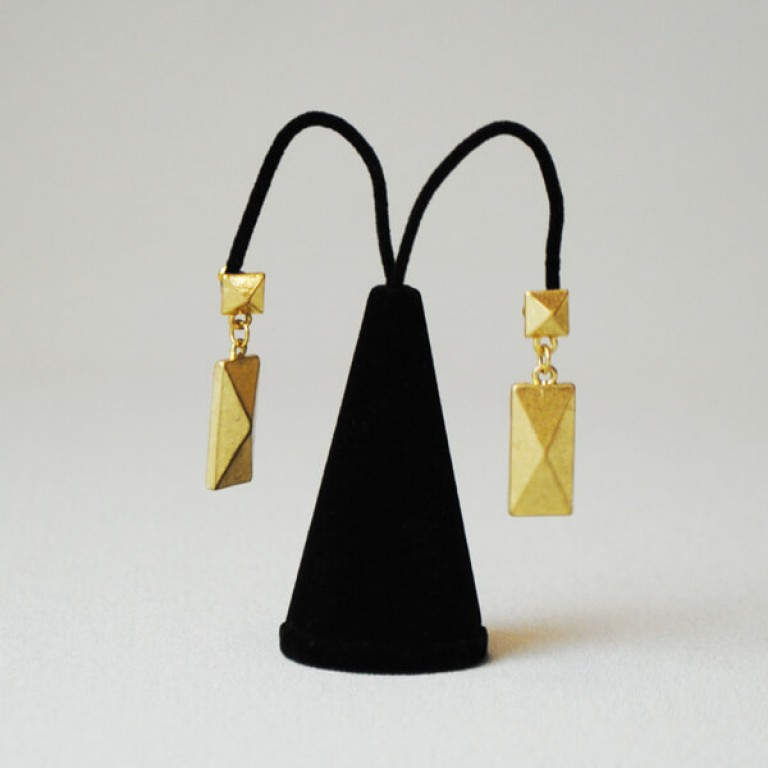 Earring Stand - Black
