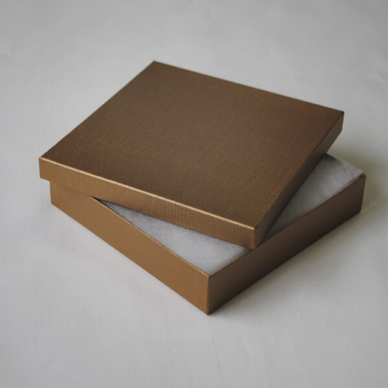 Gold Card Box (150x 150 x 30)