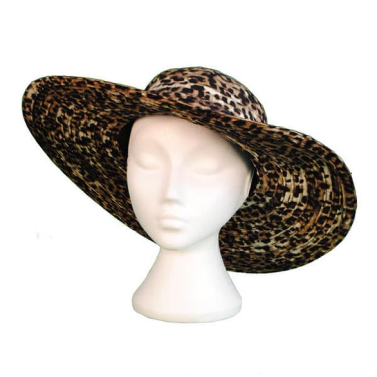 White Unisex Polystyrene Mannequin Head + Hat