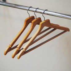 Beech Wood Hangers With Bar